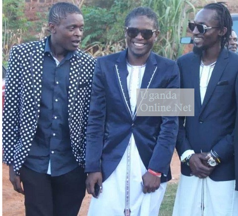 Chameleone, Weasel and Moze Radio
