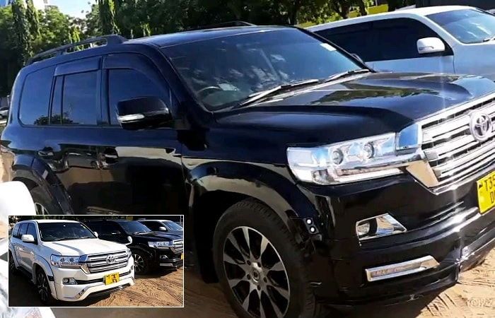 Diamond Platnumz shows off his guzzlers