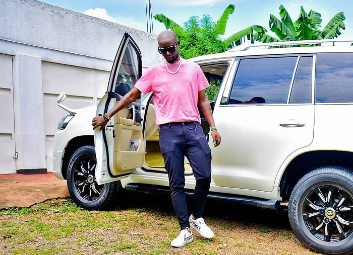 Eddy Kenzo pulls out of his ride