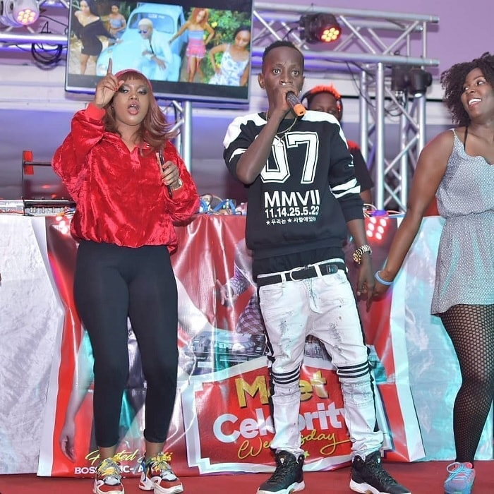 Boss chic Alicia in red and black and MC Kats