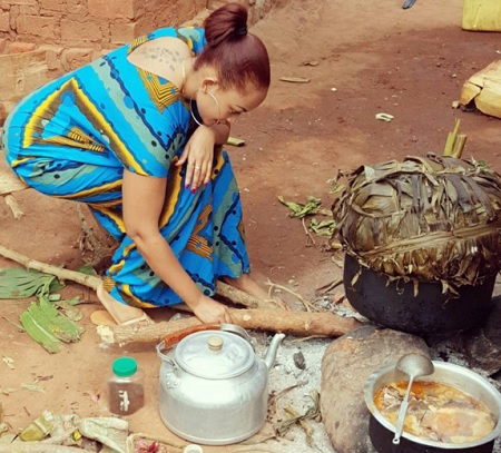 Zari preparing food in the village