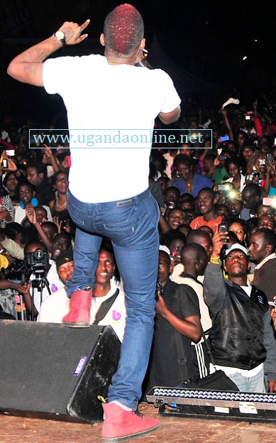 Garfield Spence aka Konshens doing his thing in Kampala
