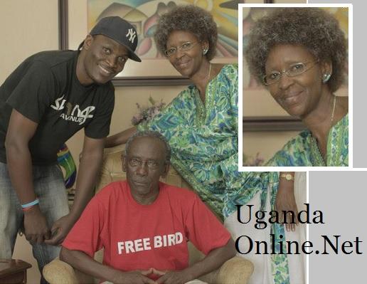 Viboyo Oweyo and the Namalayo WARID Crew