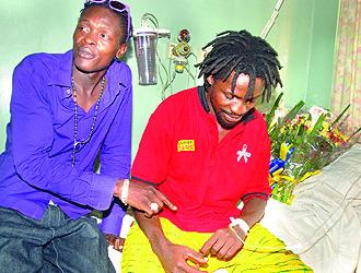 Chameleone gives company to ailing Bobi Wine at Mulago Hospital
