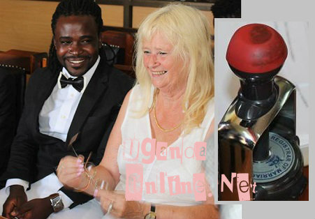 Guvnor Ace and Lisa at the Registrar of Marriages