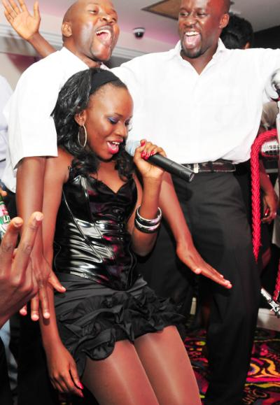 Jackie Chandiru Performing at Guvnor
