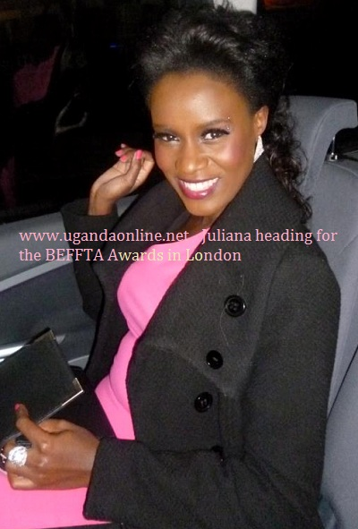Juliana was all smiles as she went for the Awards