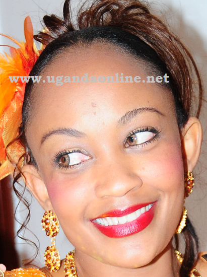 Stunning Zari on her introduction day