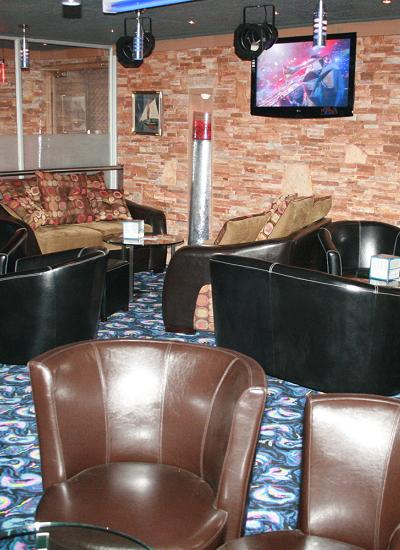 Silk Lounge Ocean Interior