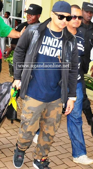 Sean Paul at Entebbe Airport - Nov 8, 2012.