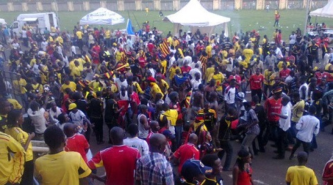 Fans of the Uganda Cranes outside Namboole Stadium