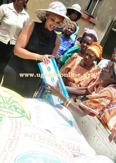 Zari making donations at Kabowa